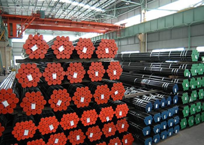 API 5L, API 5CT, ASTM A106 / A53, DIN 2391, EN10305, EN10210 Carbon Alloy Seamless stålrør